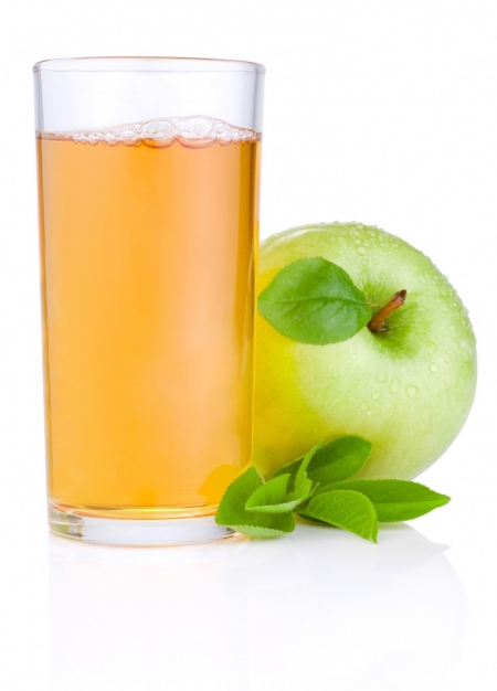 saft-glas-mit-frucht
